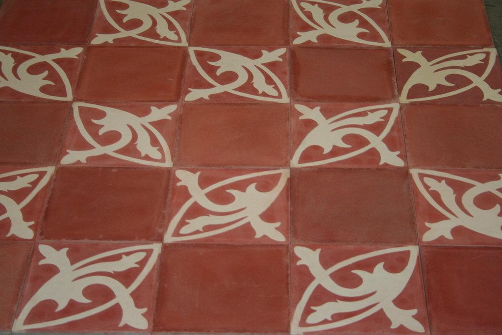zementfliesen schachbrett mondial fliesen rot bodenfliesen orient. Black Bedroom Furniture Sets. Home Design Ideas