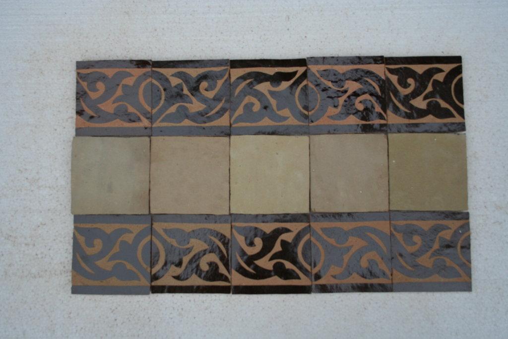 zelliges wand bord re 10x10x1 2 marokko schwarz graviert. Black Bedroom Furniture Sets. Home Design Ideas