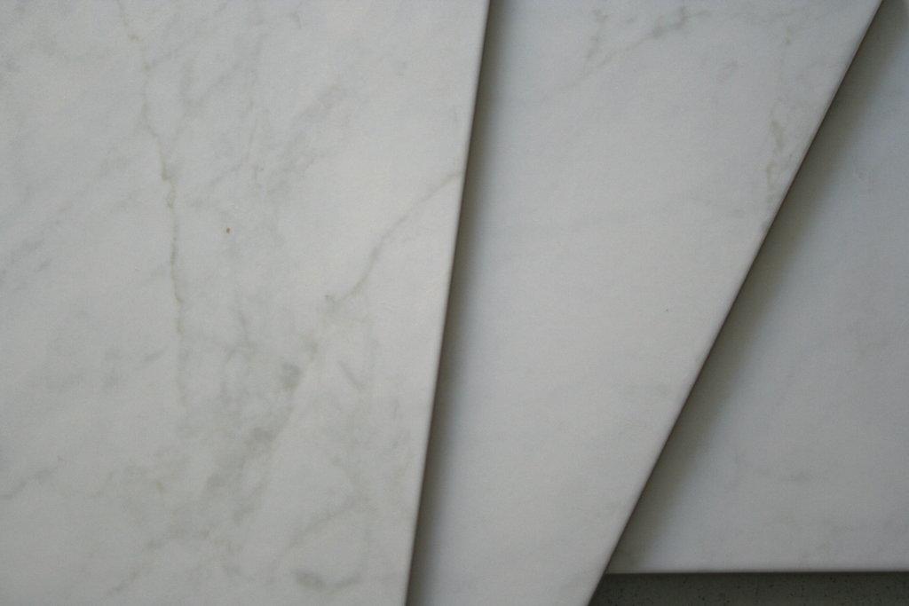 bodenfliese carrara marmor optik wei restposten g nstig. Black Bedroom Furniture Sets. Home Design Ideas
